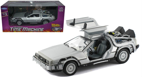 "De Lorean ""Back To The Future I"" Movie 1:24 Scale Diecast Model Car By Welly"