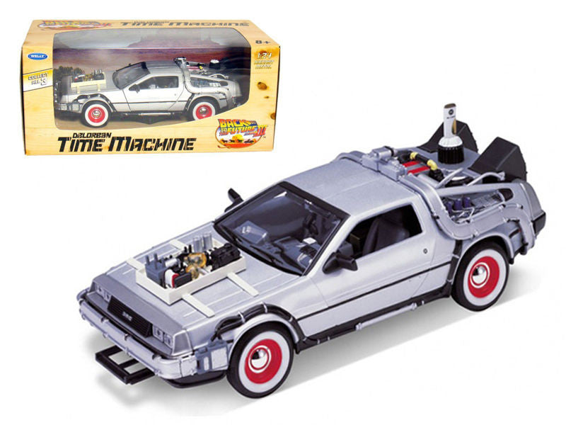 "De Lorean ""Back To The Future 3"" Movie 1:24 Scale Diecast Model Car By Welly"