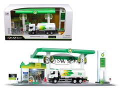 DIORAMA BP SERVICE STATION WITH TANKER 1:64 S CALE PLAYSET WITH LIGHT & SOUND BY RMZ CITY