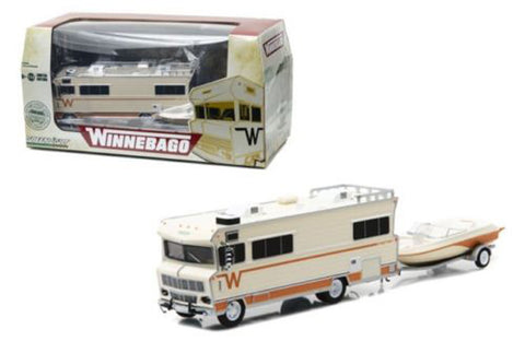 1973 WINNEBAGO CHIEFTAIN RV AND BOAT WITH TRAILER 1:64 SCALE DIECAST MODEL