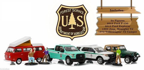 GREENLIGHT 1:64 MOTOR WORLD DIORAMA - CAMPSITE CRUISERS - UNITED STATES FOREST SERVICE (USFS) EDITION