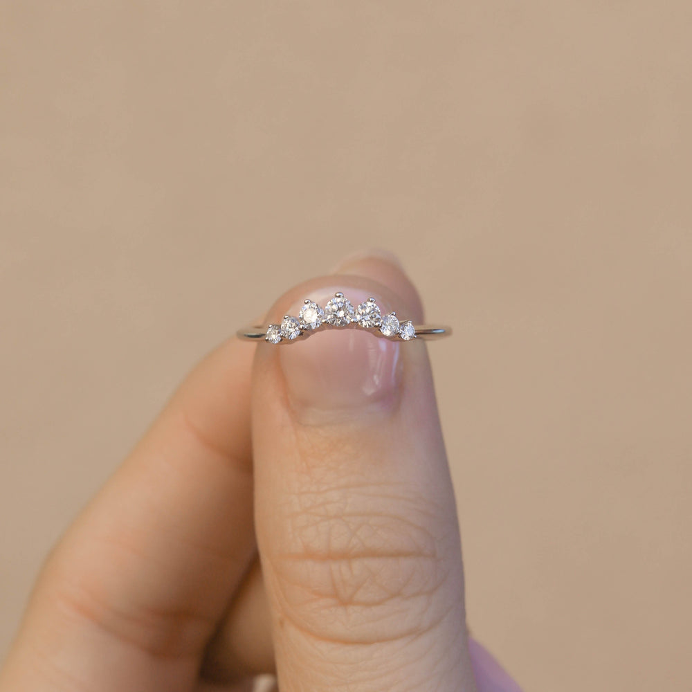 Solitaire Contour - Ready to Ship - White Gold