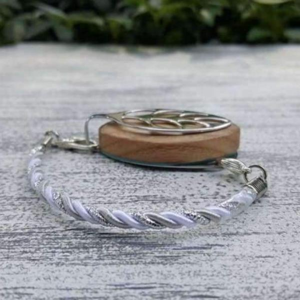 Winter Sky Bellabeat Leaf Bracelet