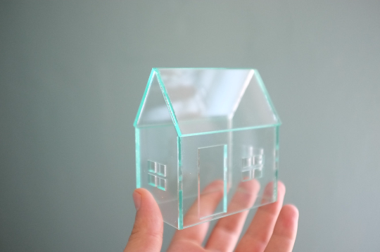 Green-edge Acrylic House