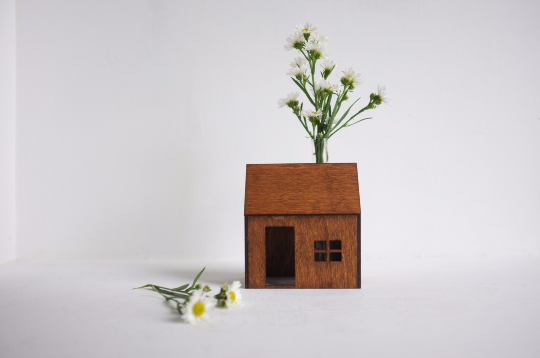 Wooden Bud Vase House in Honey