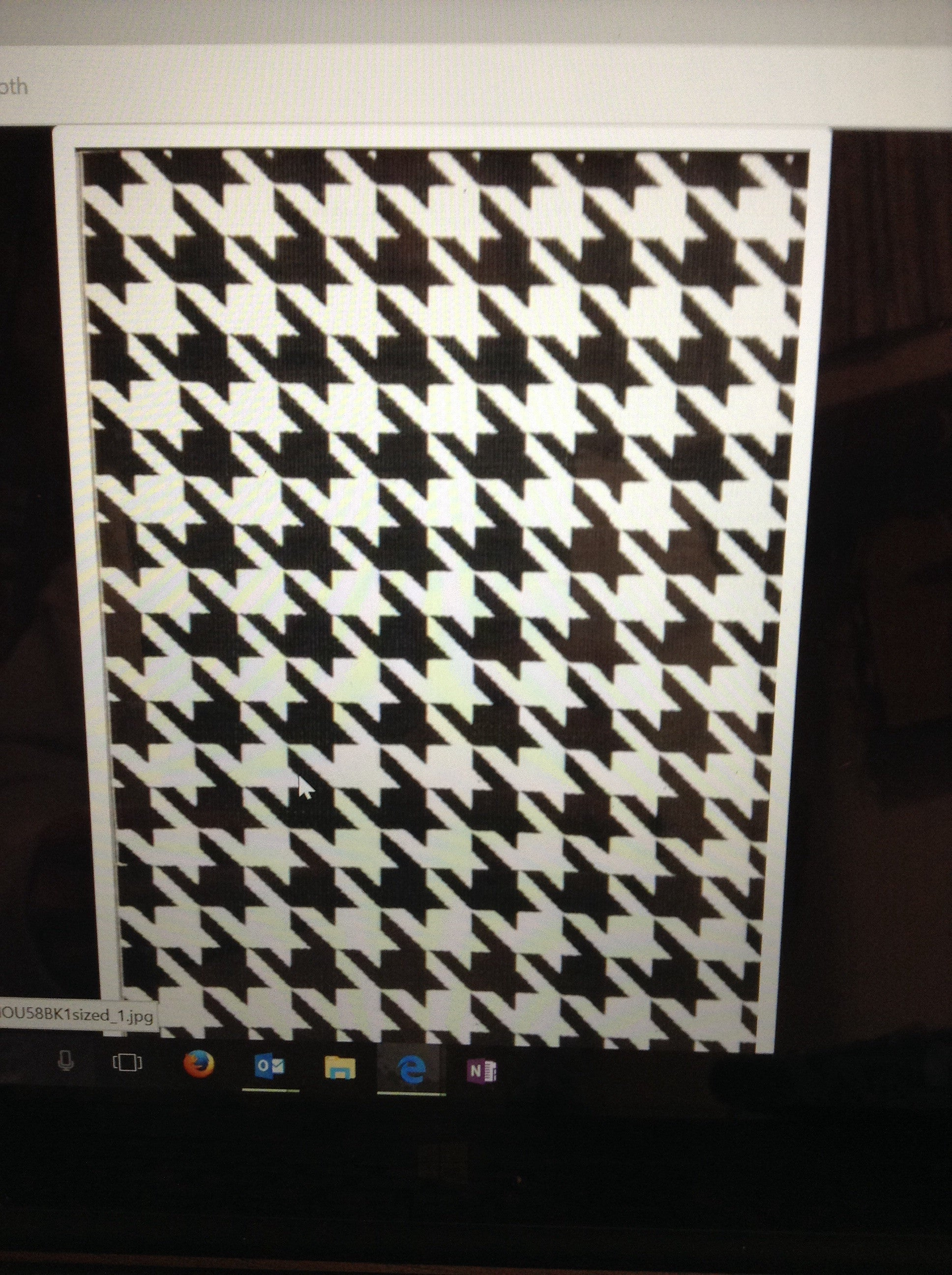 Hounds Tooth-5'x8' rug