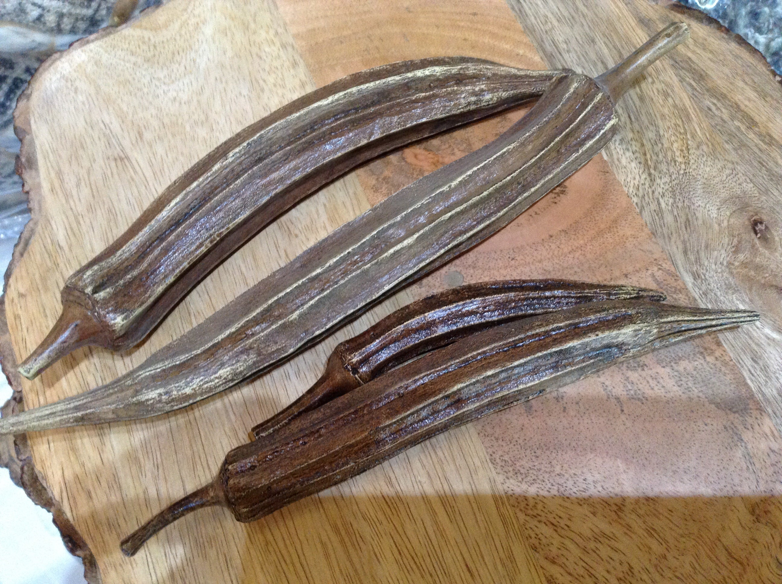 Bronze okra-set of 4