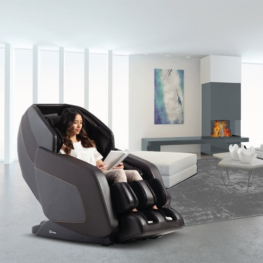 Daiwa Hubble Massage Chair for Chiropractic Office