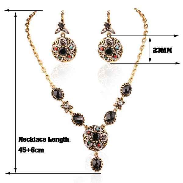 Megan Savannah Necklace & Earrings