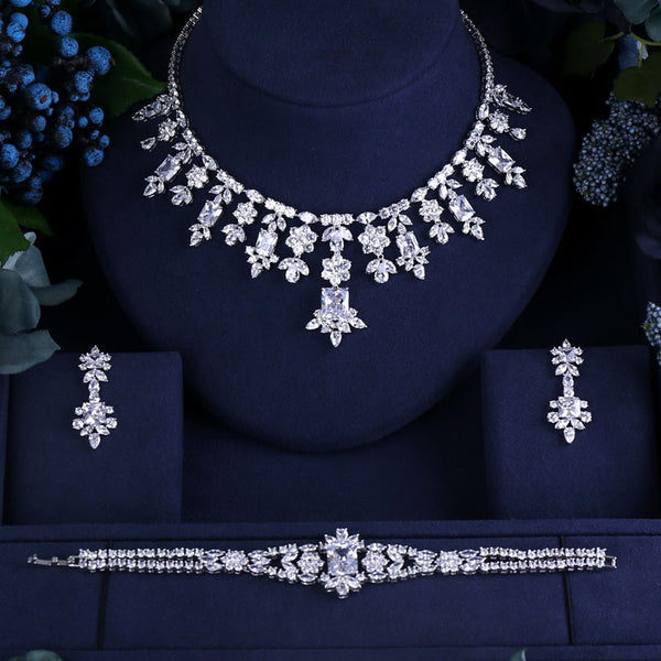 Jasmine Lochlear Jewelry Set