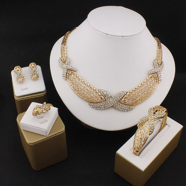 Vivian Lanes Jewelry Set