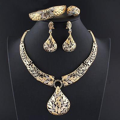 Lynne Cohen Jewelry Set