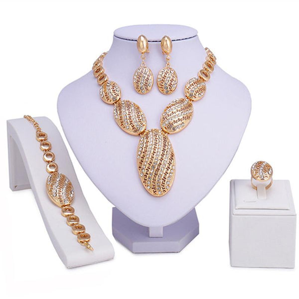 Emma Kelly Jewelry Set