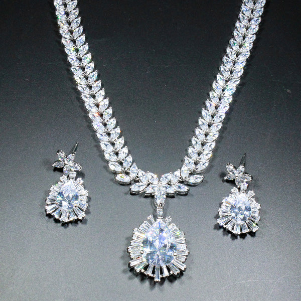 Glenda Delaney Jewelry Set