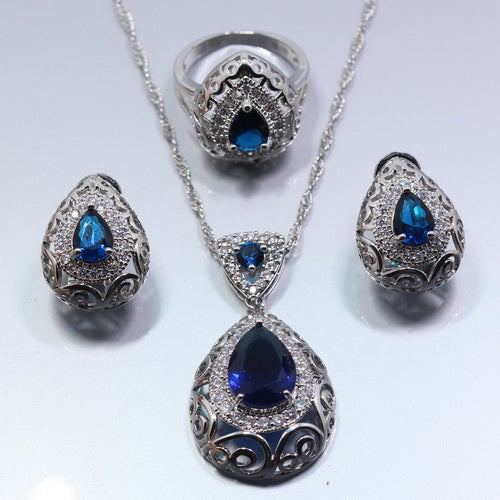Anne Howse Jewelry Set