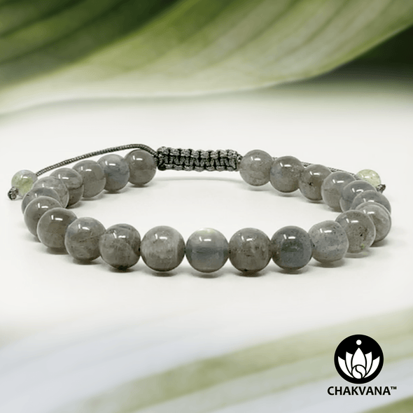 Labradorite - 8mm Adjustable Macrame Gemstone Bead Bracelet – Chakvana.com
