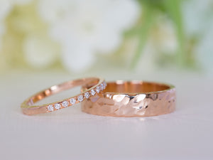 Hammered Diamond Wedding Ring Set