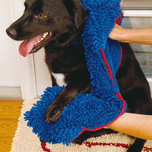 Microfiber Chenille Dog Towel With Hand Pockets - Goamiroo Store