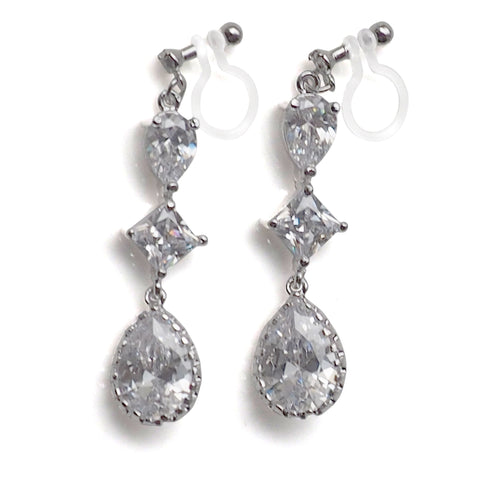 "<img src=""Comfortable pierced look dangle chandelier silver cz cubic zirconia crystal invisible clip on earrings MiyabiGrace2"" alt=""Comfortable pierced look dangle chandelier silver cz cubic zirconia crystal invisible clip on earrings MiyabiGrace2""/>"