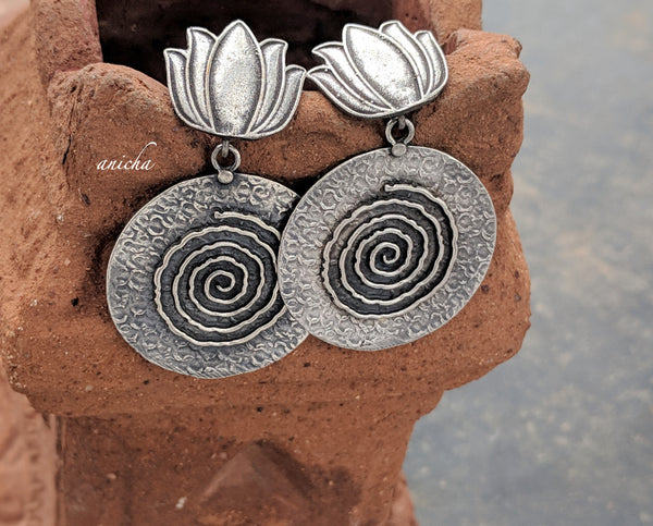 German silver round lotus earrings - Anicha