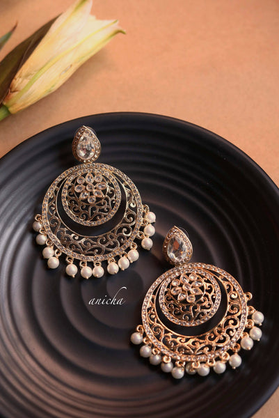 Filigree stone chandbalis