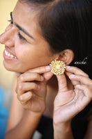 Pearl bunch flower studs - Anicha