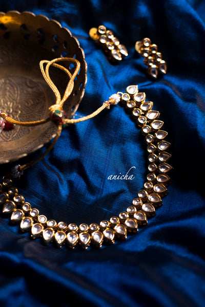 Kundan teardrop necklace set - Anicha