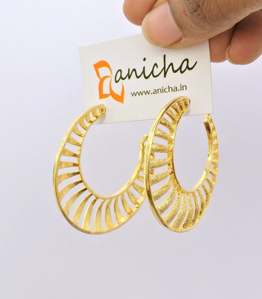 Matte gold plated hoop earrings - Anicha