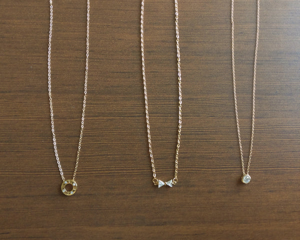 Delicate gold chains - Anicha