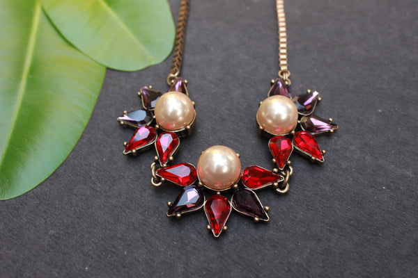 Red stones necklace - anicha