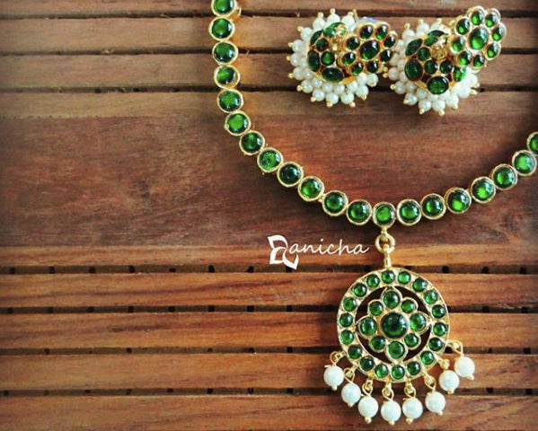 Classic green kemp necklace set - Anicha