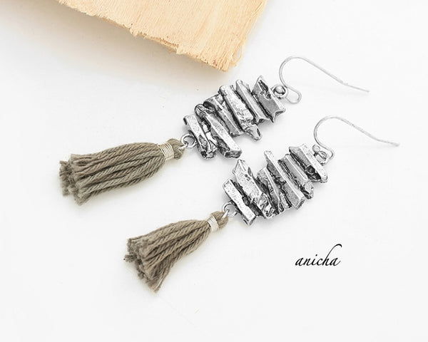 Tibetan silver tassel earrings - Anicha