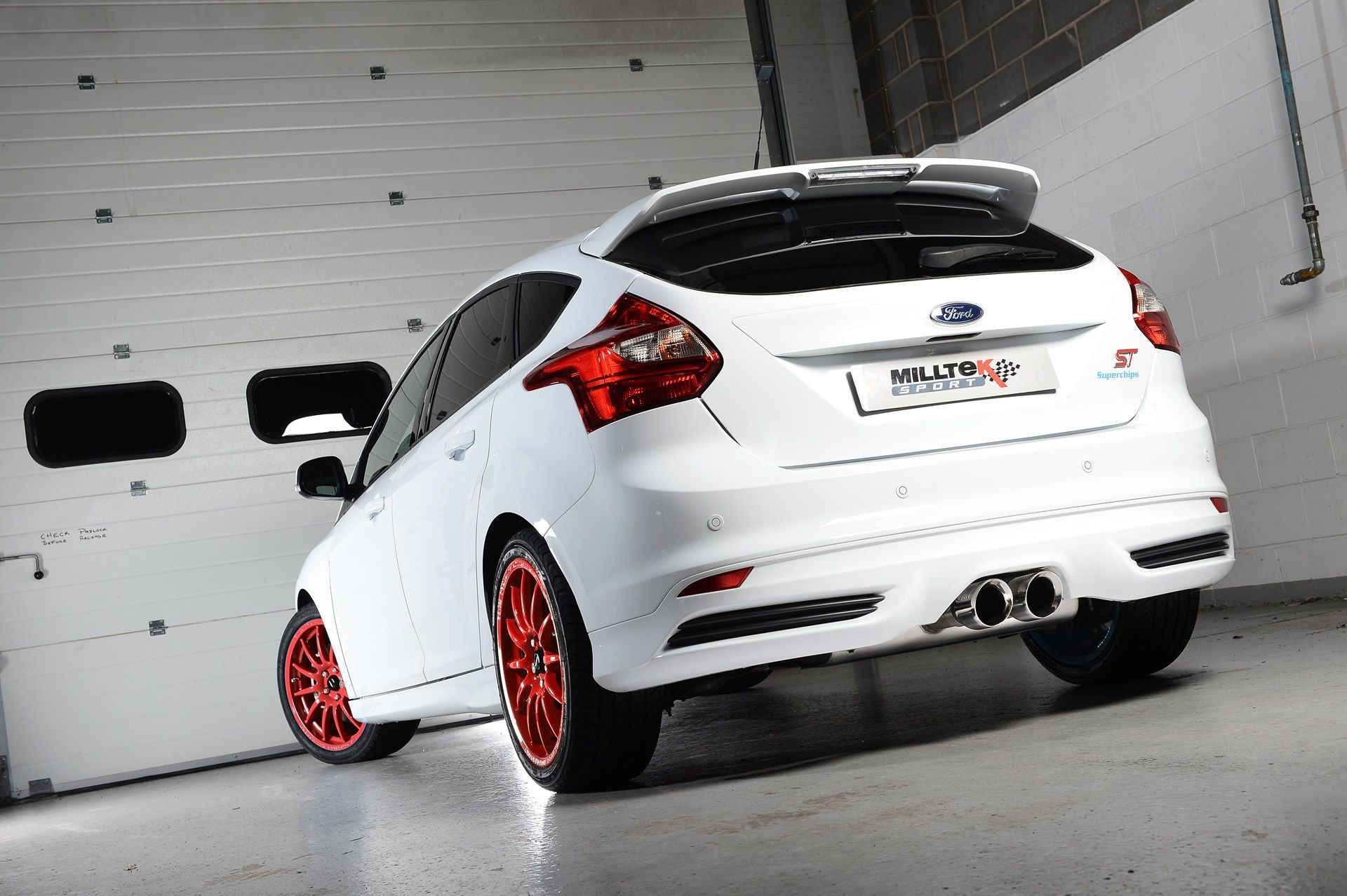 Milltek Non Resonated (Louder) Cat Back Stainless Exhaust System - Focus ST250 Hatch - SSXFD092