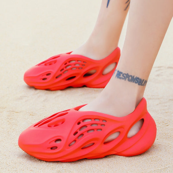 Kaaum Fashion 2020 Summer Holes Hollow Breathable Flip Flops Outdoor Beach Sandals