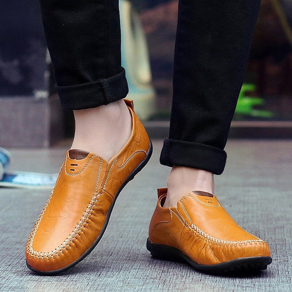 Genuine Leather Men Moccasins Breathable Shoes