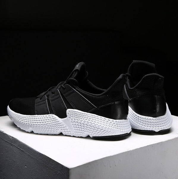 Men Breathable Lightweight Casual Sneakers