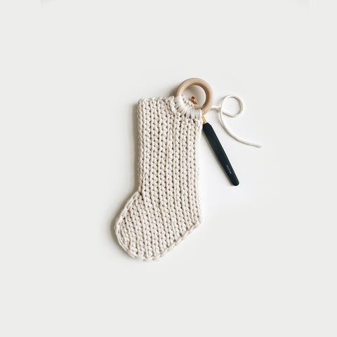 CROCHET ⨯ The Nwèl Stockings