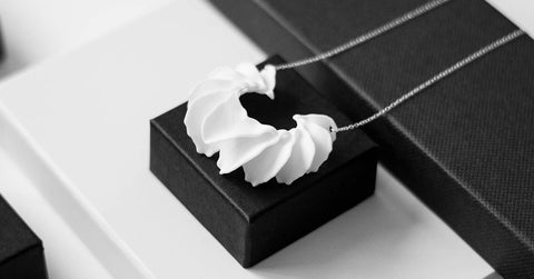 3D Printing — Calla Swing Necklace — OHLINA | Contemporary 3D Printed Jewellery