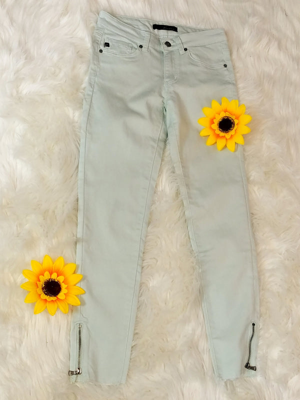 Minty Kan Can Ankle Zip Skinny Jeans