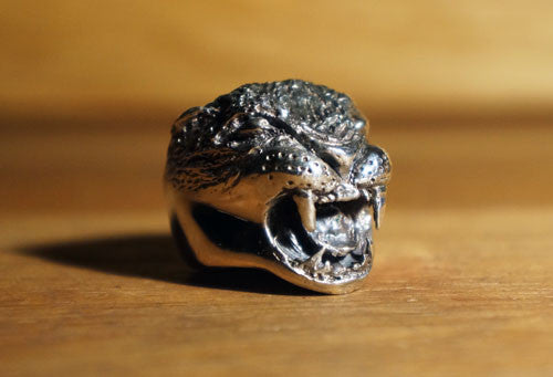 Hex Cavelli Big Cat Ring - Silver