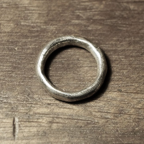 Hex Round Silver Ring
