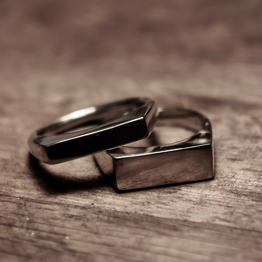 Medium Rectangle Signet Ring