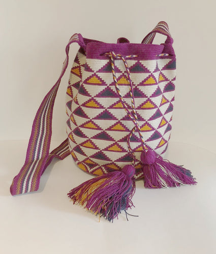 Medium Crossover Mochila Bag Geo Multi Ecru with Triangular Design - Khabodesigns