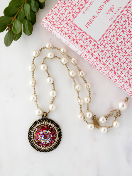 Fuchsia Rose Sparkling Vintage Pearl Necklace