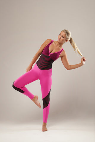 This sensational pink / black bodysuit is perfect for all your fitness requirements. Supportive, breathable and comfortably molds to your body, it has the flexibility to go where ever you go.... from that high impact dance class to that perfect stretch on the yoga mat.