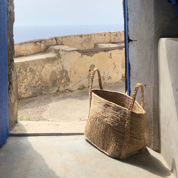 ANDAMAN MEDIUM MOON BASKET JUTE BASKET courtney adamo
