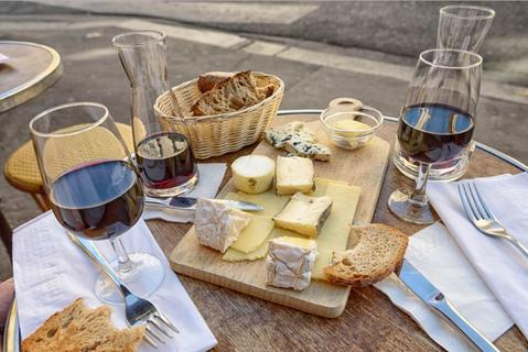 How to Dine in France