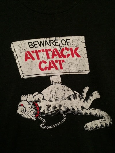 Roach Brand Attack Cat Tee