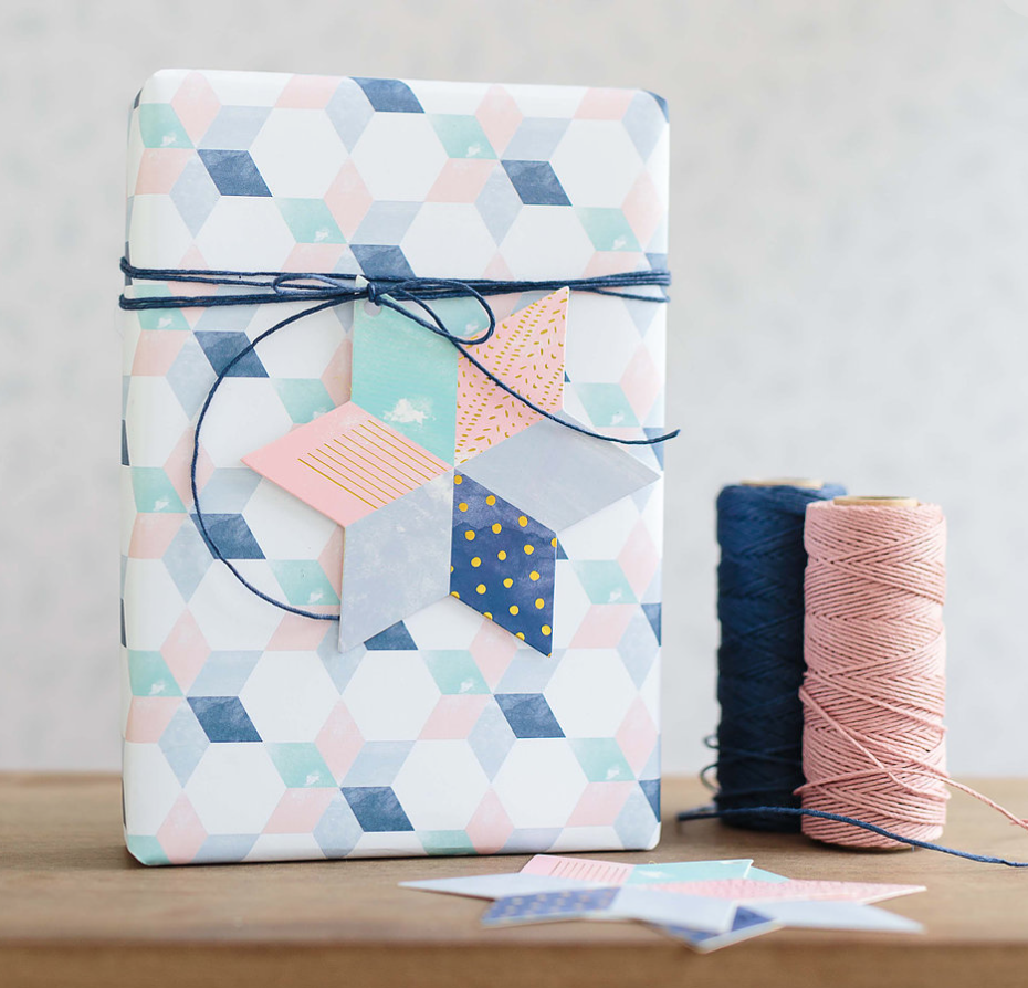 WRITE TO ME Christmas star wrapping paper
