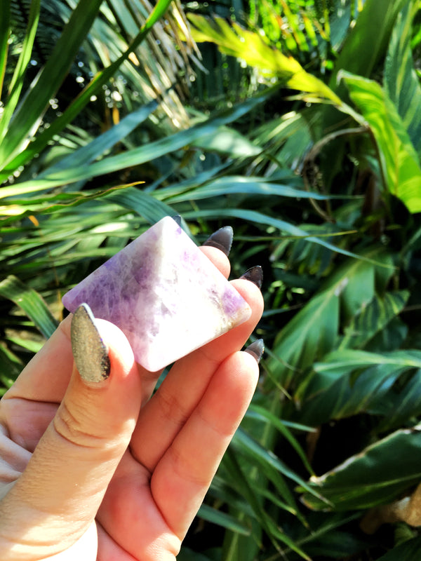 LITTLE PAPER LANE crystals- large Chevron Amethyst Pyramid $34